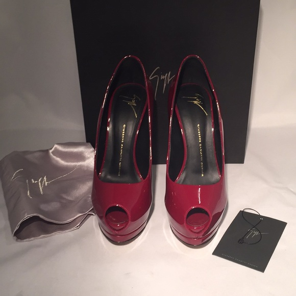 e9f0ff4526d11 Giuseppe Zanotti Shoes - Giuseppe Zannoti Sharon Peep Toe Platform Pumps